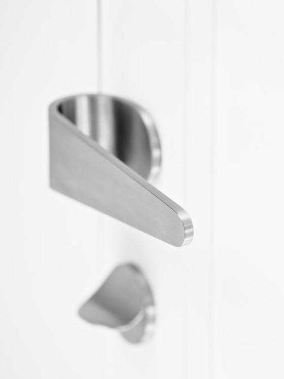FORMANI maniglia della porta in acciaio inox satinato