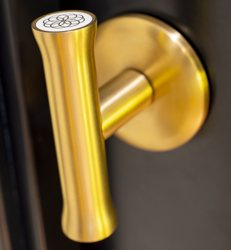 T-shape handle on rose in satin gold - Formani