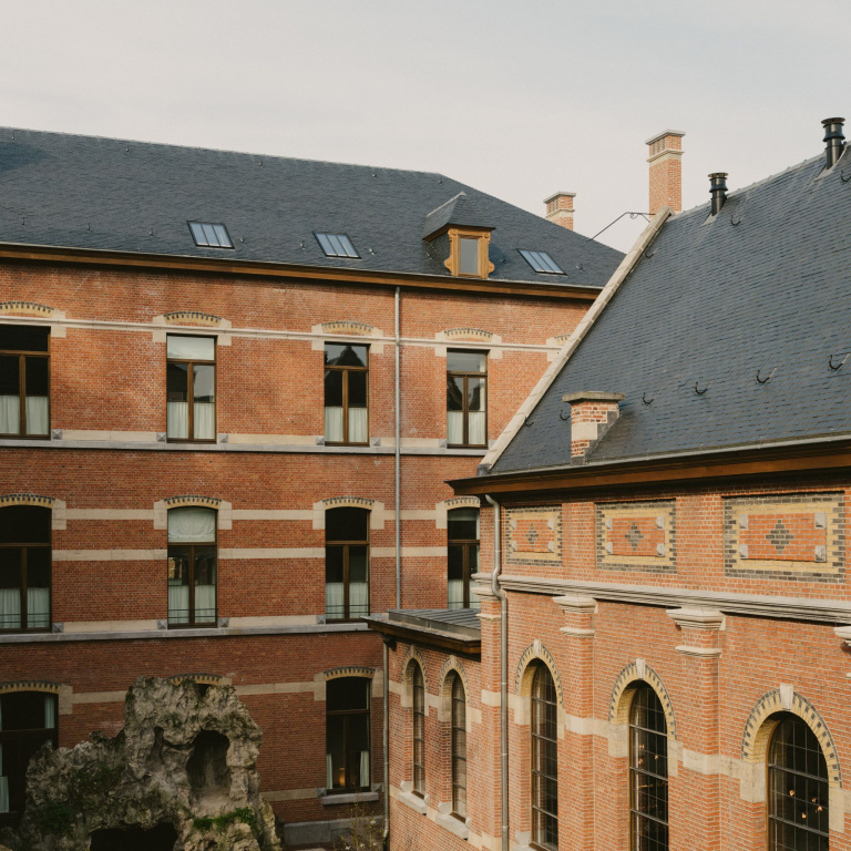 Hotel August Antwerp - FORMANI referencia proyecto