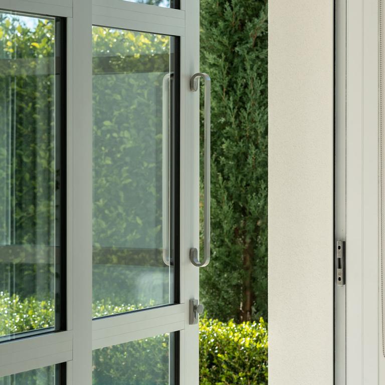 Exterior doorhandle in satin stainless steel
