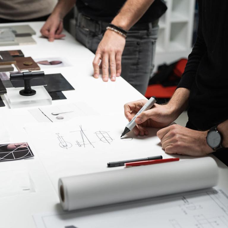 Proceso de diseño de las manillas de las puertas Studio Piet Boon y FORMANI