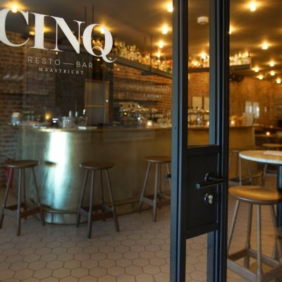 Hospitality project 'Restro Bar Cinq'